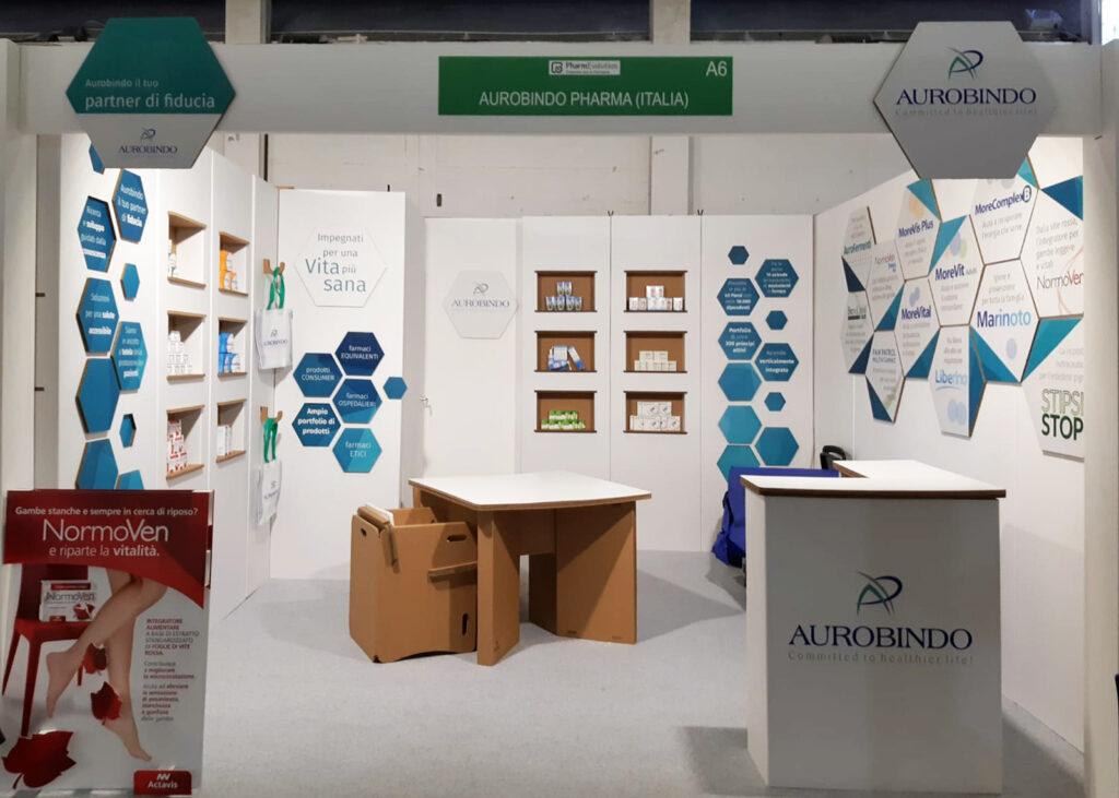 Stand fieristico in cartone per Aurobindo Pharma Italia realizzato da Nardi-mobili in cartone